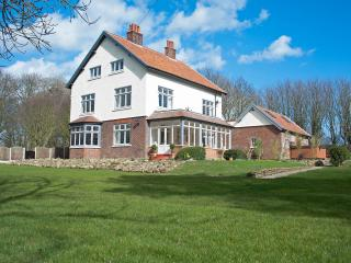 Bourne End House, Primrose Valley, Filey. - Filey vacation rentals