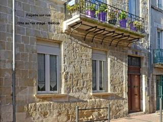 2 bedroom Gite with Internet Access in Villeneuve-sur-Lot - Villeneuve-sur-Lot vacation rentals