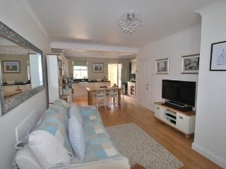 BOLLINGTON 2 Bed Cottage nr Peak District - Kerridge vacation rentals