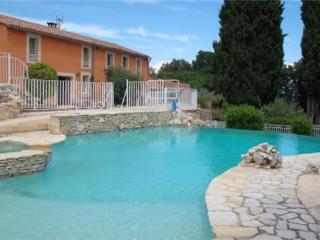 MAS MONTIBUIS - Rochefort du Gard vacation rentals
