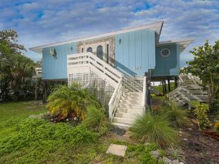 Fabulous Manasota Key renovated waterfront house - Manasota Key vacation rentals