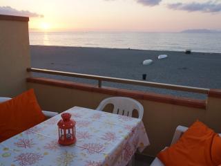 Cozy 2 bedroom Condo in Terme Vigliatore - Terme Vigliatore vacation rentals