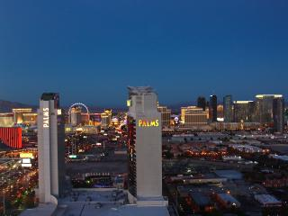 Panoramic Strip view kitchen pool gym Palms Place - Las Vegas vacation rentals