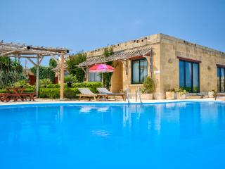 Farmhouse Maya - private Pool -  360 Views - Kercem vacation rentals