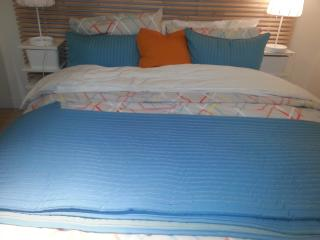 Room Milano -4 stops from Downtown+breakfast - Vancouver vacation rentals