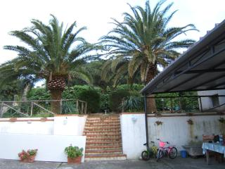 Camere in Villa - Valderice vacation rentals
