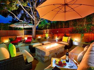 Enjoy the large outdoor patio w/ hot tub & firechat table -  Walk to Beach! - La Jolla vacation rentals