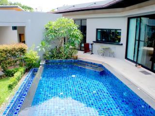 Baan Bua villa Raisa (2 bedrooms, Nai Harn) - Nai Harn vacation rentals