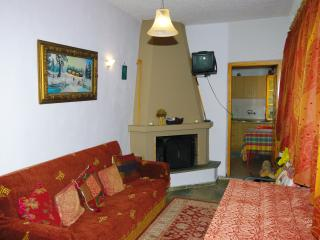 Nice Condo with Outdoor Dining Area and Television - Elati vacation rentals