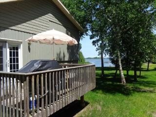 Waterfront property near Blue Mountain - Blue Mountains vacation rentals