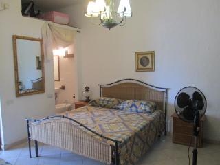 Villa al mare zona Santa Margherita di Pula - Santa Margherita di Pula vacation rentals