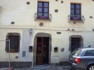 Bright 2 bedroom House in Milis with Internet Access - Milis vacation rentals