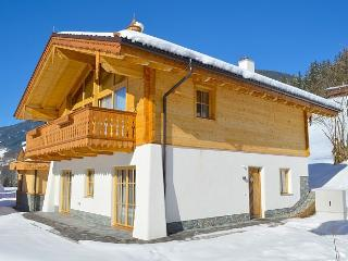 Bright 4 bedroom Krimml Chalet with Internet Access - Krimml vacation rentals