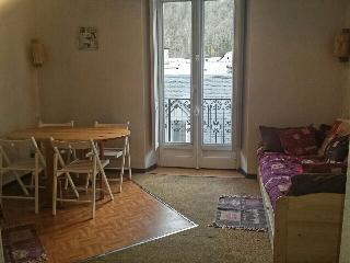Grand studio 26m2 plein centre à Cauterets - Cauterets vacation rentals