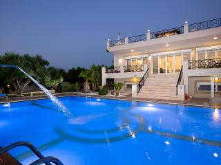 Villa Daphne - Full Facilities & Large Pool! - Rethymnon vacation rentals