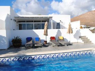Beautiful 3 bedroom Villa in La Asomada with Internet Access - La Asomada vacation rentals