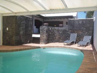 VILLA BLIKKA IN ARRECIFE FOR 6P - Arrecife vacation rentals