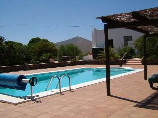 Beautiful 2 bedroom Villa in Femes with Internet Access - Femes vacation rentals