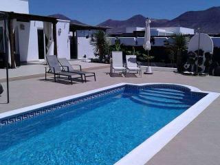 Beautiful 3 bedroom Villa in Playa Blanca - Playa Blanca vacation rentals