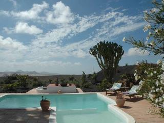 VILLA HANTOUR IN TEGUISE FOR 3P - Teguise vacation rentals