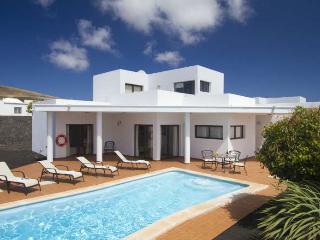 VILLA ZABLANTRI IN PLAYA BLANCA FOR 6P - Playa Blanca vacation rentals