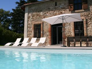Luxury cottage, 10 p., heated swimming pool, airco - Soreze vacation rentals