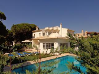 V4 Buganvilia - Quarteira vacation rentals