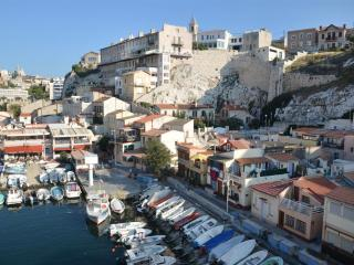 Marseille : B&B avec vue mer exceptionnelle - Marseille vacation rentals