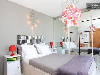 Family home + garden - Free Parking - Amsterdam vacation rentals