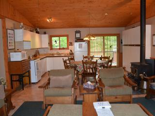 Felsbourg Cottage - Lion's Head vacation rentals