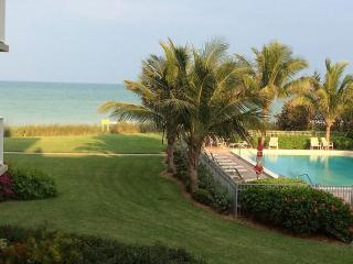 Direct Ocean, Private Beach, Oceanside Pool, Priva - Vero Beach vacation rentals