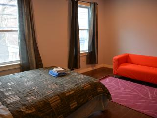 Comfortable Private Room Close to T and Boston - Somerville vacation rentals