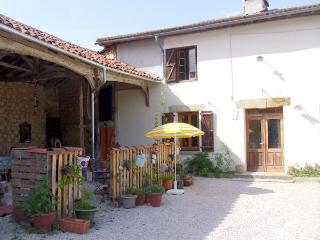1 bedroom Farmhouse Barn with Internet Access in Castelnau-Magnoac - Castelnau-Magnoac vacation rentals