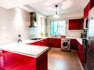 chic and modern apartment - Tunis vacation rentals