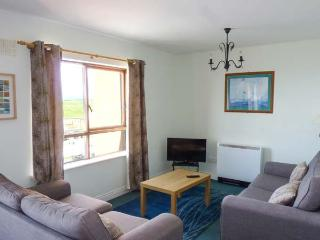 ATLANTIC VIEW, second floor apartment with beach views, good touring base, Bundoran, Ref 927435 - World vacation rentals