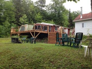 Nice Chalet with Outdoor Dining Area and Microwave - Saint-Ubalde vacation rentals