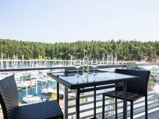Oceanfront Suite with Ocean & Marina Views - Nanaimo vacation rentals
