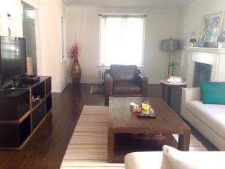 Beautiful Spacious Home Steps to Casa Loma - Toronto vacation rentals