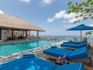 Ocean Bliss Luxury 3 Bedrooms Villa - Nusa Dua vacation rentals