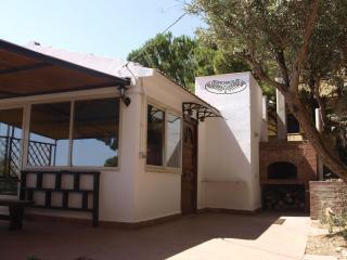 4 bedroom Bed and Breakfast with Deck in Altavilla Milicia - Altavilla Milicia vacation rentals
