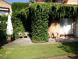 Appartamento in villa su Campo da Golf - Garlenda vacation rentals