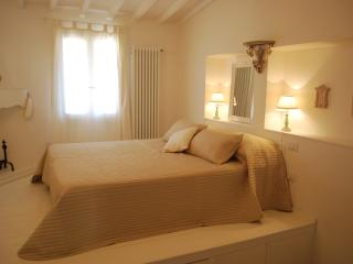 Albizi Suite - Florence vacation rentals