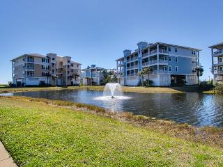 Beach condo on walking path, close to Beach Club! - Galveston vacation rentals