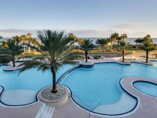 Spectacular beachfront condo w/ flatscreen Apple TV + shared pool & hot tub! - Tiki Island vacation rentals