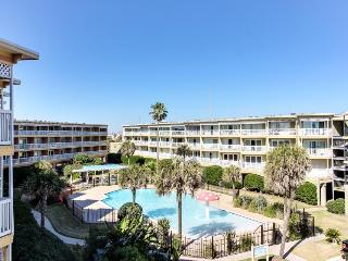 Resort condo w/ a shared pool, hot tub, tennis courts, & more - Galveston Island vacation rentals
