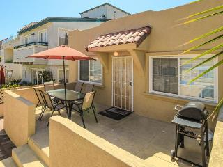 Simple, tasteful home down the street from beach! - San Diego vacation rentals