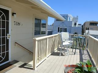 Charming condo in Mission Beach w/lovely views & close beach & boardwalk access! - San Diego vacation rentals