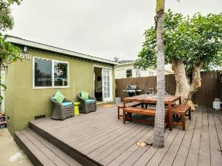 Cozy Ocean Beach cottage just blocks from the beach - San Diego vacation rentals