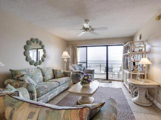 Fantastic oceanfront condo w/beach & pool access, and stunning views - Panama City Beach vacation rentals