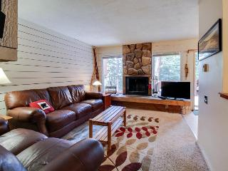 Spacious cottage w/ fireplace & mountain views - 5-minute walk to amazing skiing - Brian Head vacation rentals
